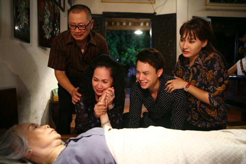 NSND Lan Hương vống cát sê và cấp cứu ở 'Sống chung với mẹ chồng'