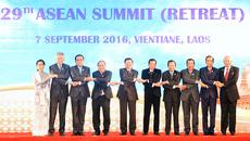 Thủ tướng dự Hội nghị cấp cao ASEAN