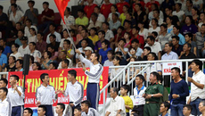 Liên tục cháy vé ở giải bóng chuyền nữ VTV9 Bình Điền