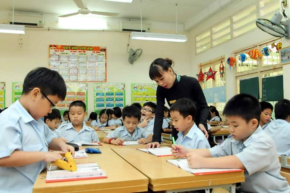 'Hãy để giáo viên được làm nhà giáo dục'