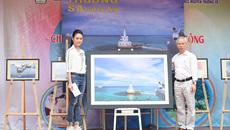 Ngọc Vân về thăm trường cũ, kêu gọi gây quỹ 'Vì Trường Sa'