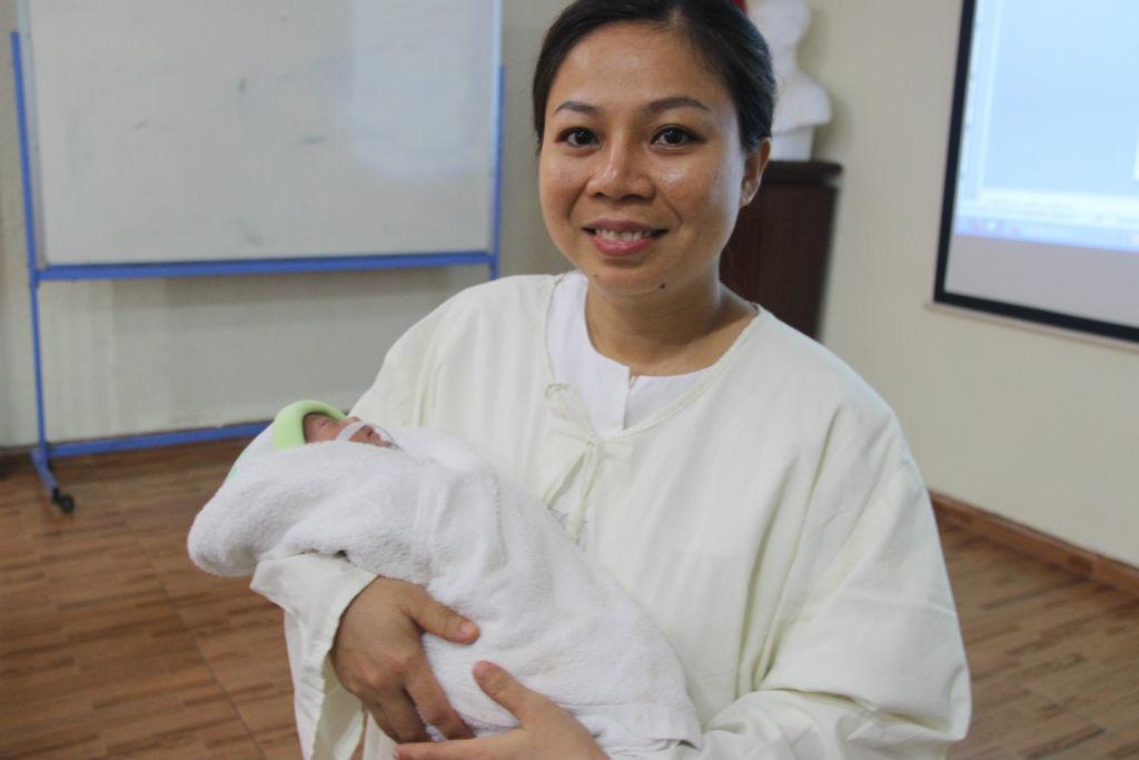 bé sinh non 850 gr, bé bằng bàn tay bác sĩ, phục hồi kỳ diệu, Bệnh viện Nhi Đồng 1, bệnh tim phức tạp, bệnh tim bẩm sinh, phẫu thuật tim