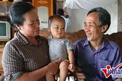 Vợ chồng cựu tử tù Hàn Đức Long trước phút được xin lỗi