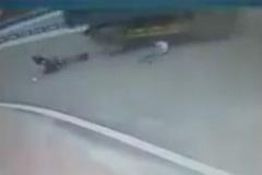 Bị xe tải đâm thẳng vào người, nam sinh thoát chết thần kỳ