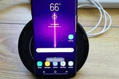 Thêm khách hàng tố Galaxy S8 gặp vấn đề sạc không dây