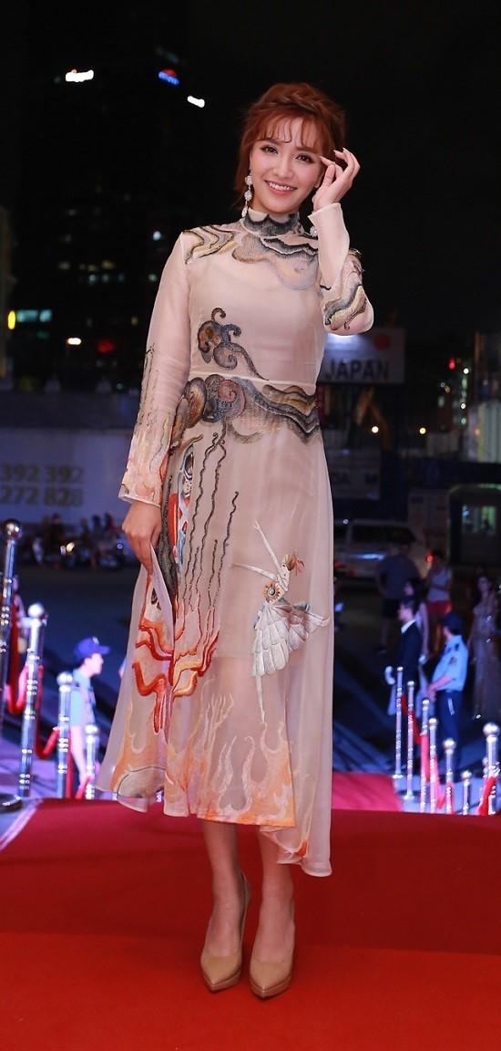 Phạm Hương, Hà Hồ, lễ trao giải Cống hiến