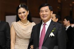 Bố chồng Hà Tăng muốn đầu tư sân bay Tân Sơn Nhất