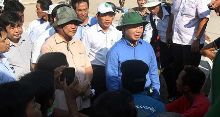 Lo sạt lở lan rộng, An Giang kiến nghị di dời 20.000 hộ dân