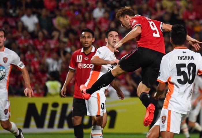'Messi Thái' rực sáng, Muangthong đại thắng Cup C1 châu Á