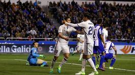 Ronaldo vắng mặt, Real đánh tennis ở Riazor