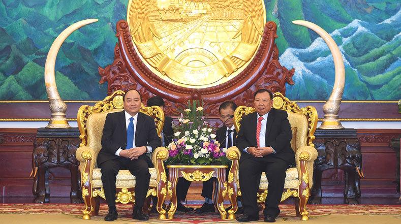 Ưu tiên cao nhất cho tăng cường quan hệ hữu nghị Việt - Lào