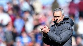 Sao MU bất mãn vì bị Mourinho đối xử bất công