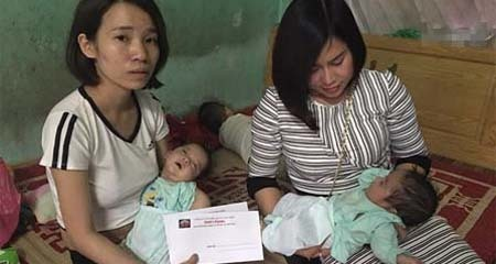 Người mẹ sinh đôi lên mạng rao cho bớt 1 đứa con: Nhiều người đến xin nuôi em bé, giúp đỡ người mẹ
