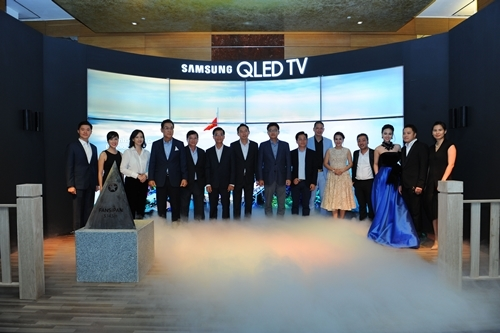 TV Samsung QLED hiển thị 100% dải màu sắc về Việt Nam