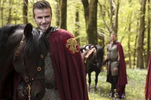 Dàn mỹ nam đẹp như tượng tạc của bom tấn 'King Arthur'