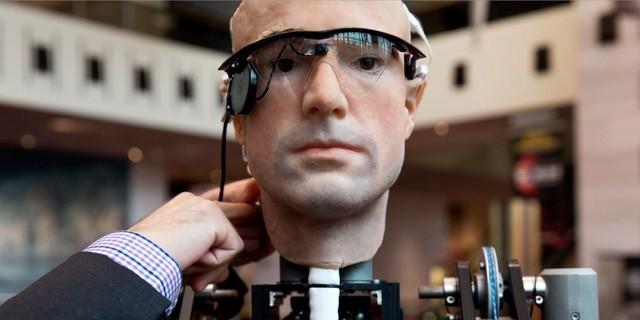 Vì sao các đại gia công nghệ đang lao vào 'cuộc chiến' chatbot?
