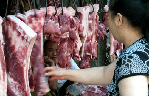 thịt lợn, thịt lợn giảm giá mạnh, Bộ NN-PTNT, Bộ trưởng Nguyễn Xuân Cường, người chăn nuôi