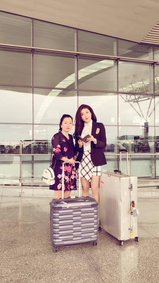 Á hậu Huyền My cùng mẹ khám phá Nhật Bản