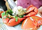 Cách hấp tôm sú, cua biển ngọt thơm chắc thịt đãi cả nhà dịp nghỉ lễ