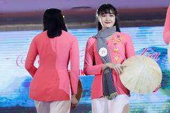 Điểm mặt ứng viên danh hiệu Hoa khôi Cúp bóng chuyền VTV9 Bình Điền 2007