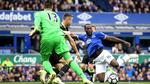 Everton 0-1 Chelsea: Pedro lập siêu phẩm (H2)