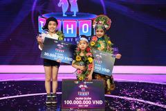 Bản sao 4 tuổi của MC Trác Thuý Miêu đăng quang Biệt tài tí hon