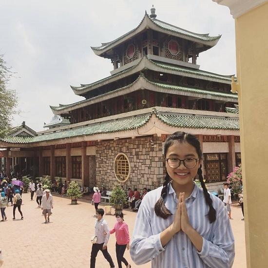 Ngỡ ngàng với ảnh quá khứ của Lã Thanh Huyền, Kim Tuyến