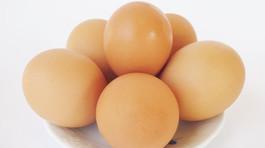 4 căn bệnh hạn chế ăn trứng