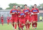 Chạy hơn 30 vòng sân, cầu thủ U20 Việt Nam phải dìu vì kiệt sức
