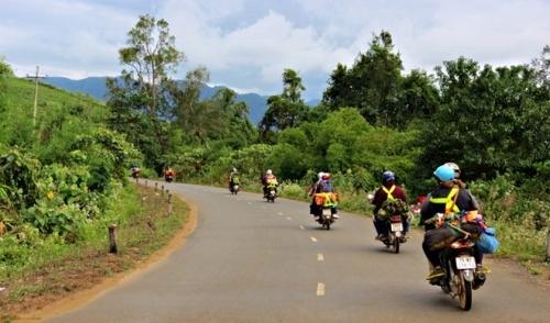 Những điều cần chuẩn bị cho một chuyến đi phượt bằng xe máy