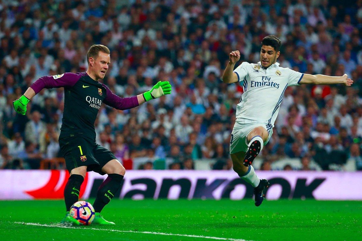 MU rút ruột Spurs, Barca trói ngôi sao