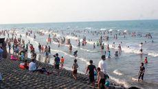 Biển Hà Tĩnh hồi sinh sau 1 năm 'biển động'