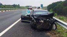 3 ô tô vỡ nát sau cú đâm trên cao tốc, nhiều người hoảng loạn