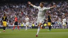 Ronaldo lập hat-trick, Real đặt 1 chân vào chung kết Cúp C1