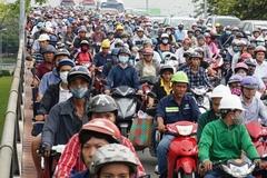Cửa ngõ Sài Gòn tê liệt hàng giờ sau kỳ nghỉ lễ
