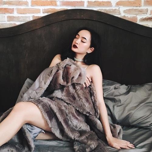 Hình ảnh nóng bỏng của mỹ nhân 'Em chưa 18'