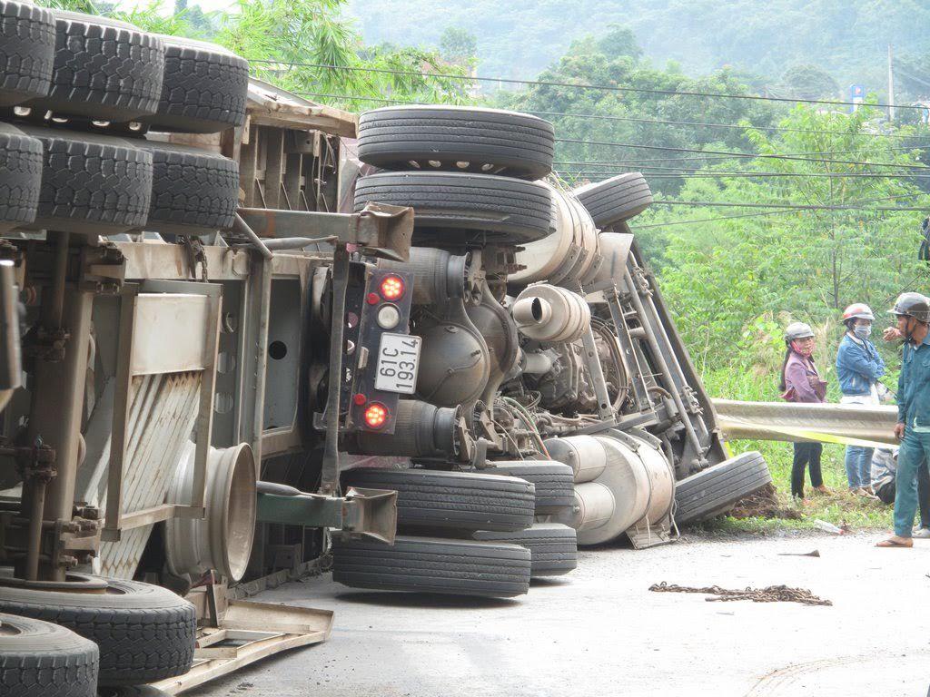 tai nạn giao thông, thương vong, tông xe liên hoàn, Đắk Nông