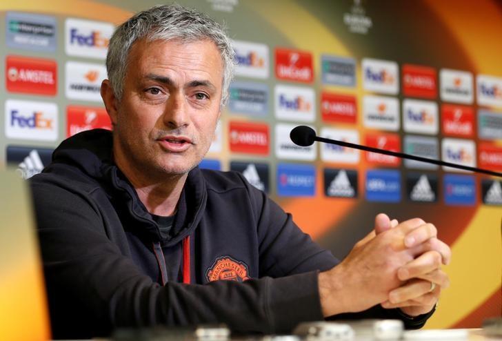 MU đua C1: Có Mourinho, Quỷ đỏ ắt tiến!