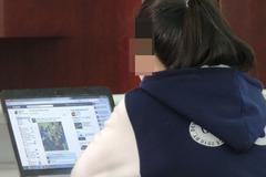 Theo dõi con trên mạng xã hội, phụ huynh nhận... trái đắng