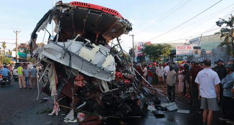 tai nạn xe khách ở Gia Lai 2