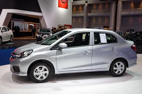 Ô tô Honda 320 triệu: Xe nhỏ, giá rẻ dành cho chị em