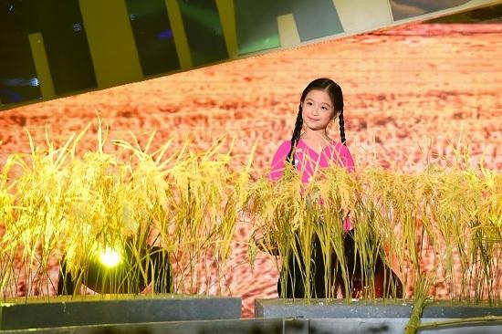 Tuyên bố bất ngờ của Việt Hương về nữ hoàng wushu Thúy Hiền