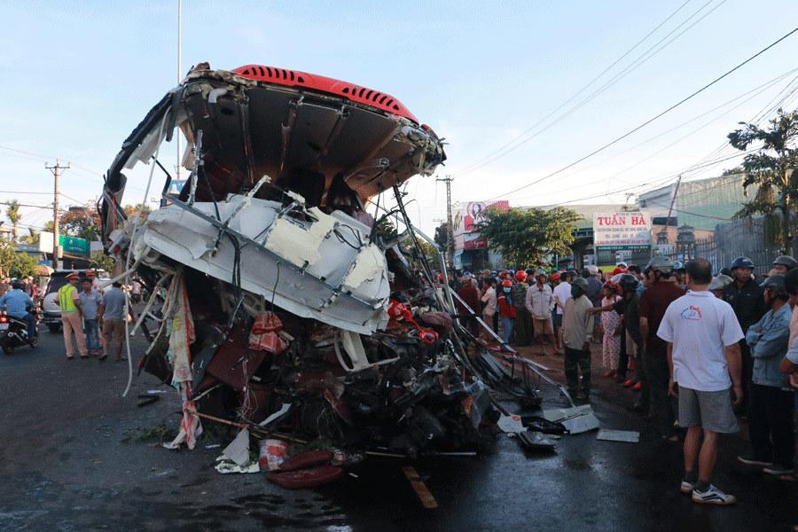 Toàn cảnh vụ tai nạn thảm khốc, 13 người chết ở Gia Lai