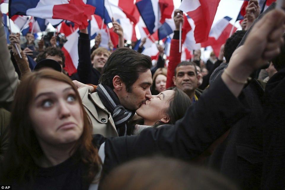 Tổng thống Pháp, Emmanuel Macron, chiến thắng