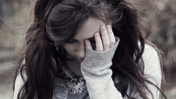 Vợ dính nợ vì chồng đèo bòng gái trẻ 'đồng hương'
