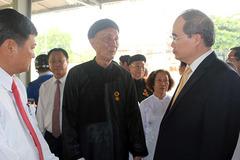 Ông Nguyễn Thiện Nhân chúc mừng Đại lễ Phật đản
