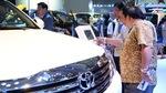 Ô tô giảm giá trăm triệu, người Việt chưa vội xuống tiền mua