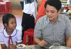 Ồn ào tái cơ cấu Sacombank, ông Nguyễn Đức Hưởng lo 'giải cứu' lợn