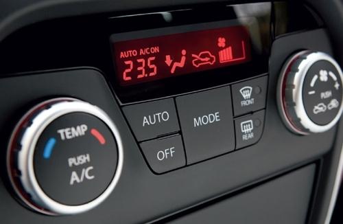 Mẹo sử dụng điều hòa ô tô khi trời nắng nóng