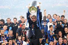 Juventus bay đến Cardiff: Người Ý và giấc mộng Jose Mourinho